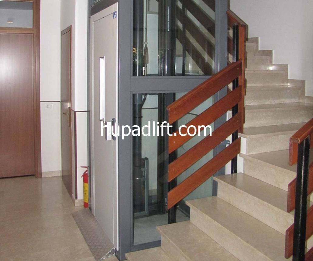 آسانسور هیدرولیک جک در کنار